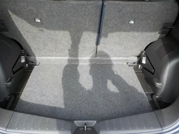 Nissan Note 2013 багажник