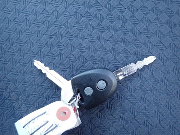 Daihatsu Mira 2013 ключ