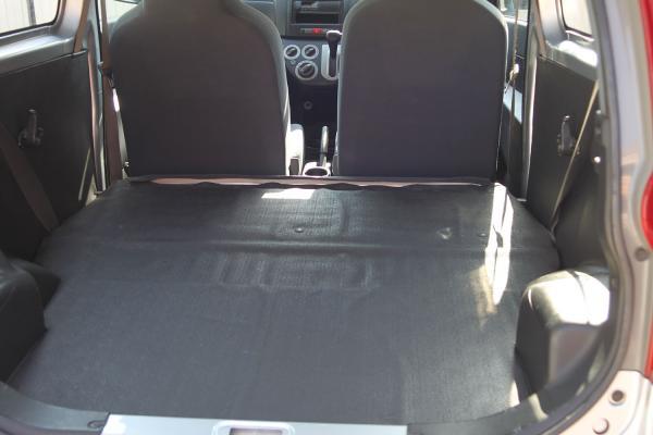 Daihatsu Mira 2013 багажник