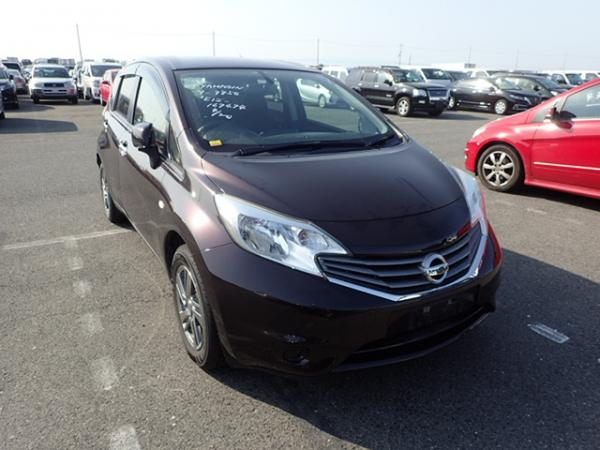 Nissan Note 2013 чёрный