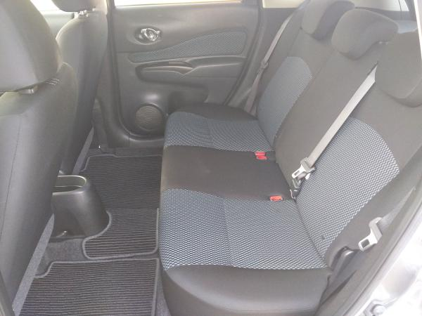 Nissan Note 2014 задние сидения