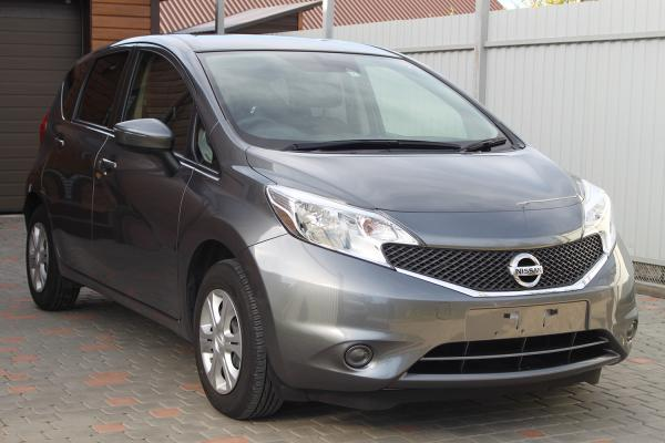 Nissan Note 2015 серый сперди