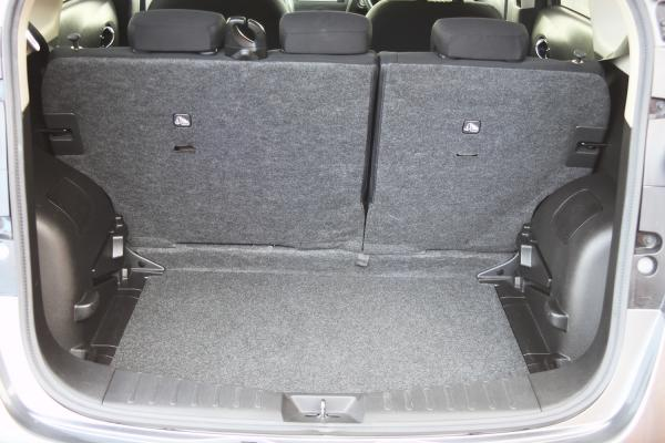 Nissan Note 2015 багажник