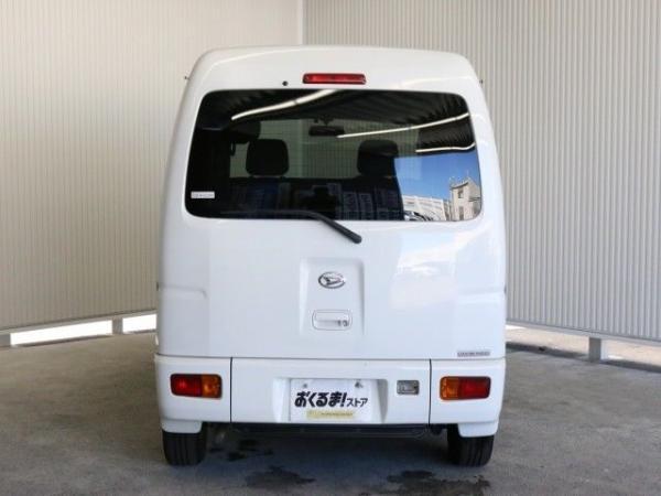 Daihatsu Atrai 2015 белый сзади