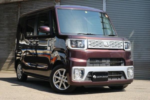 Daihatsu Wake 2015  коричневый