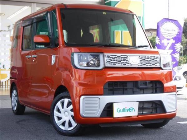 Daihatsu Wake 2015 красный