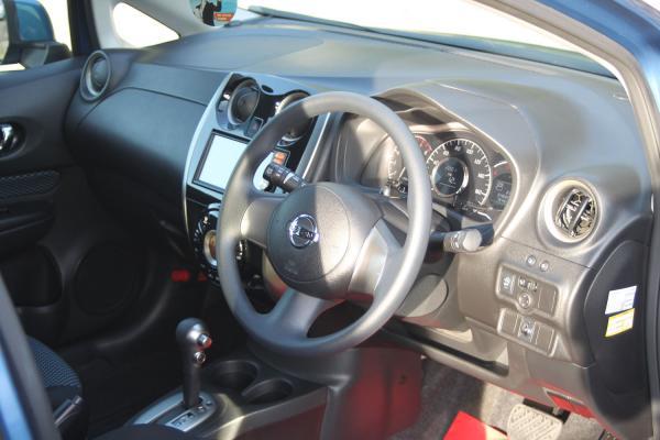 Nissan Note 2014 интерьер