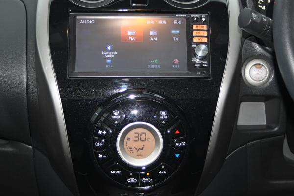 Nissan Note 2014 приборы