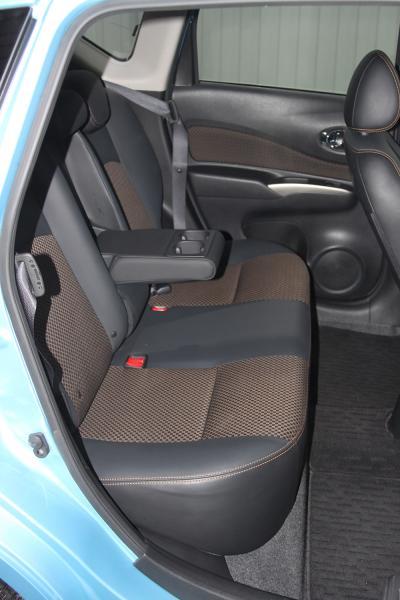 Nissan Note 2014 сидения
