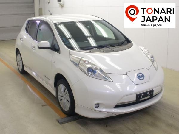 Nissan Leaf 2014 белый