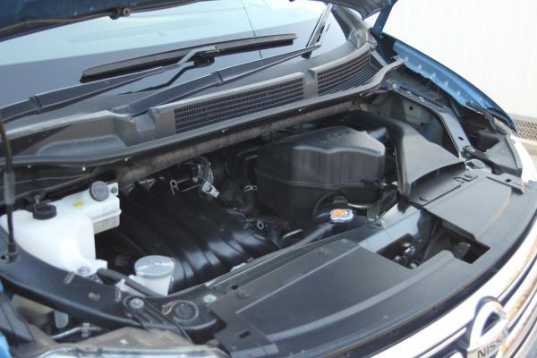 Nissan Serena 2016 синий двигатель