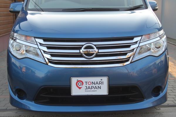 Nissan Serena 2016 синий спереди