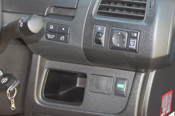 Nissan Serena 2016 кнопки