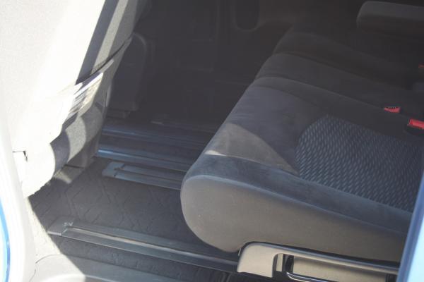 Nissan Serena коврик