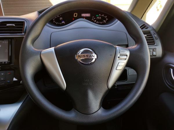 Nissan Serena 2016 руль