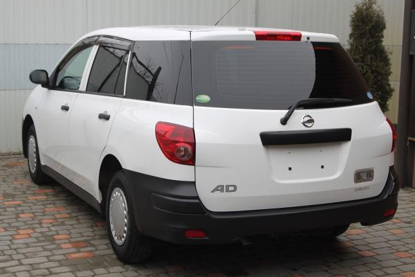 Nissan AD 2014 белый сзади