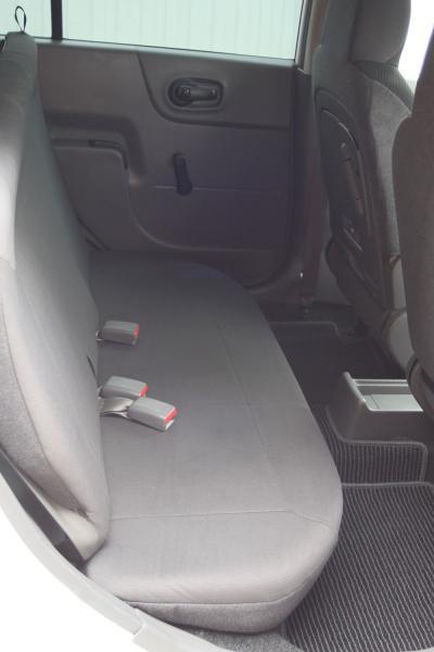 Nissan AD 2014 задние сидения