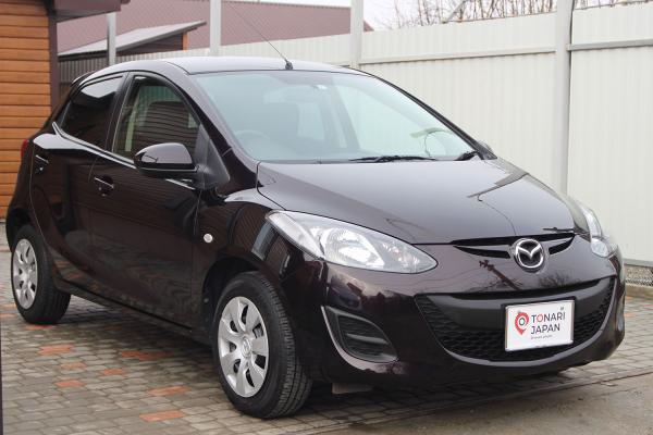 Mazda Demio 2015 коричневый