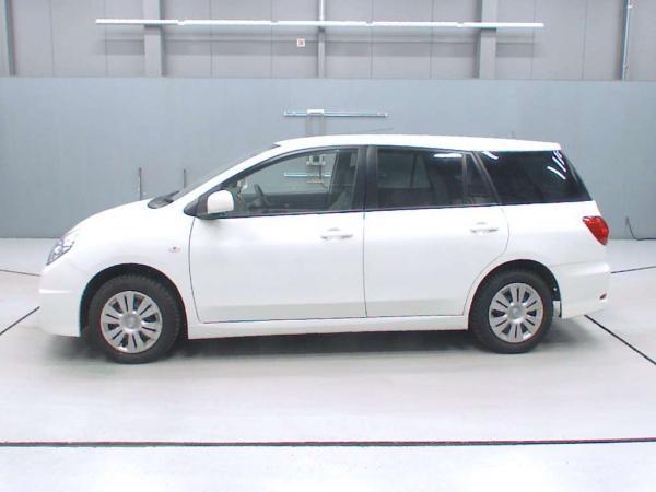 Nissan Wingroad 2016 белый вид сбоку
