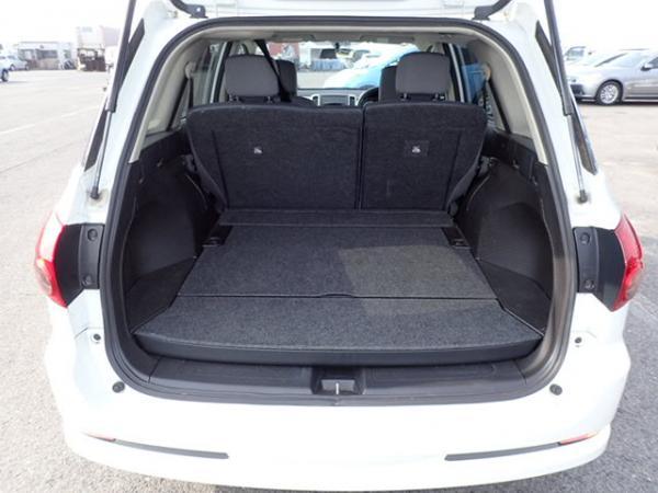 Nissan Wingroad 2016 белый багажник