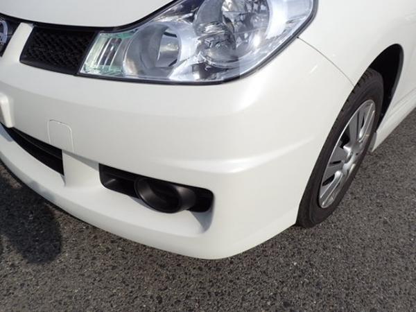 Nissan Wingroad 2016 белый передняя фара