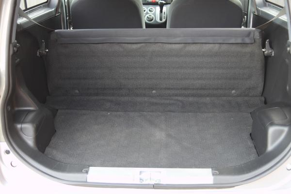 Daihatsu Mira 2014 багажник