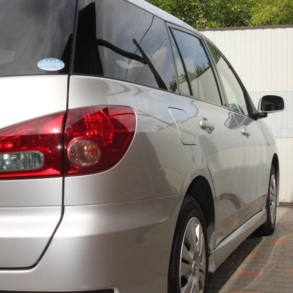Nissan Wingroad 2016 серый задняя фара