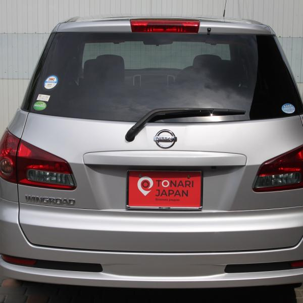 Nissan Wingroad 2016 серый вид сзади