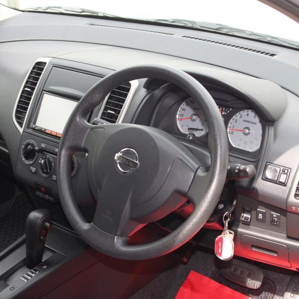 Nissan Wingroad 2016 серый интерьер