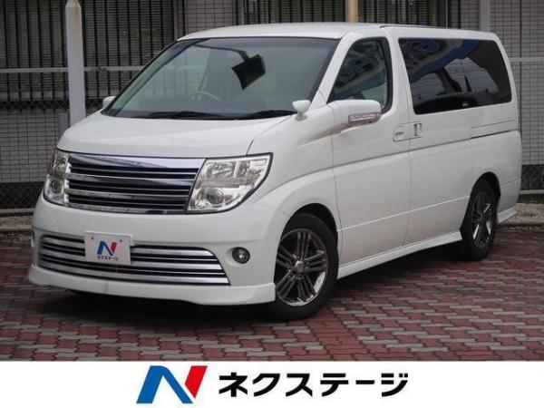 Nissan Elgrand III Рестайлинг белый