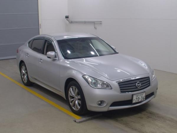 Nissan Fuga 2013 серый