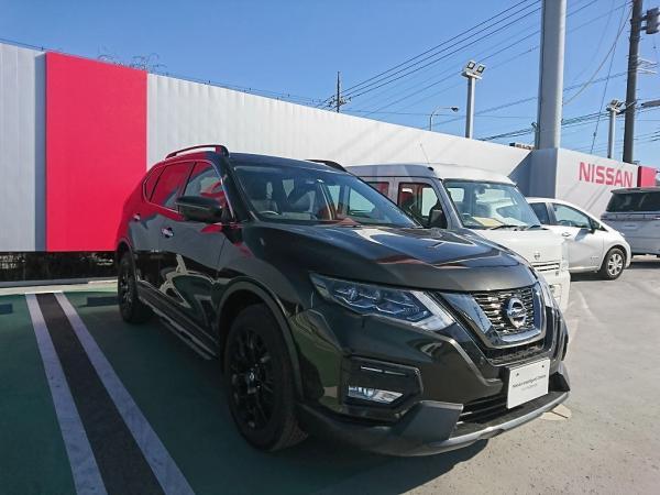Nissan X-Trail 2015 чёрный