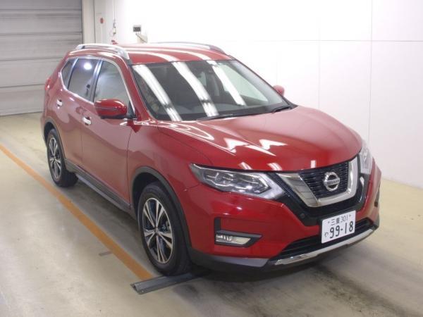 Nissan X-Trail 2015 красный