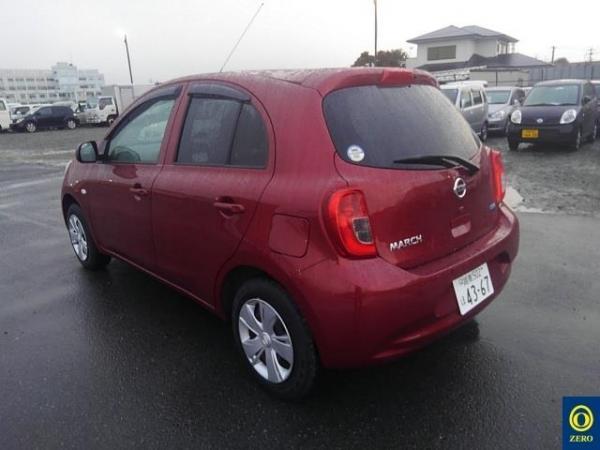Nissan March 2015 красный сзади