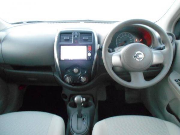 Nissan March 2015 интерьер