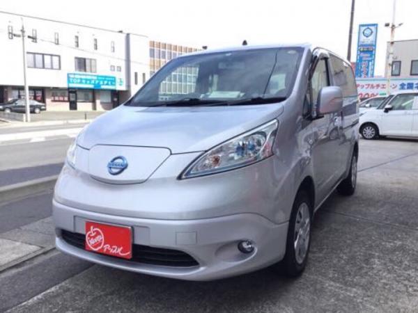 Nissan E-NV200 2015 серый