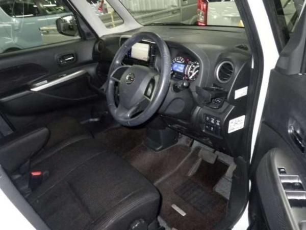 Nissan Dayz Roox 2015 интерьер