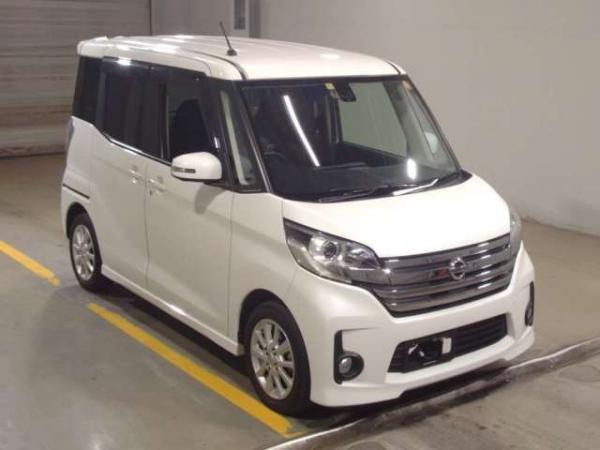 Nissan Dayz Roox 2015 белый