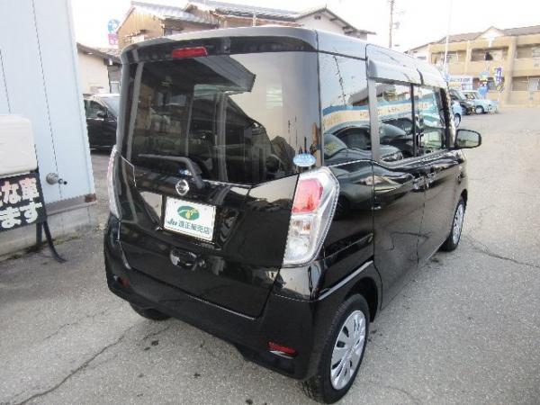 Nissan Dayz Roox 2015 чёрный сзади