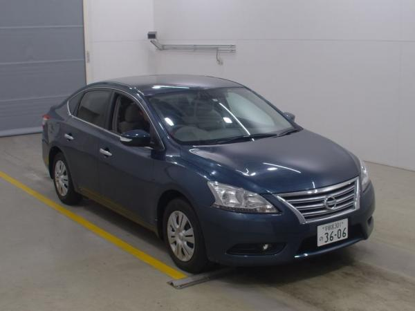 Nissan Bluebird Sylphy 2015 синий