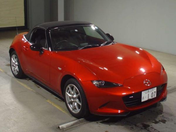 Mazda Roadster 2015 красный середи