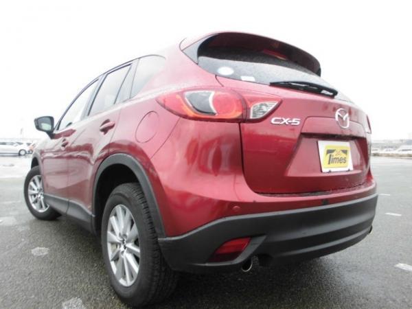 Mazda CX-5 XD 2015 красный сзади