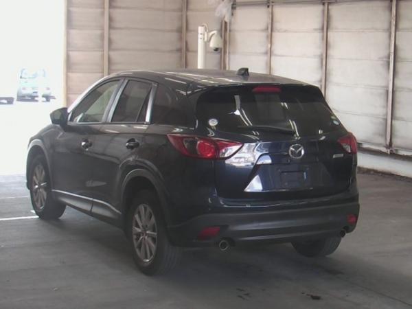 Mazda CX-5 XD 2015 чёрный сзади