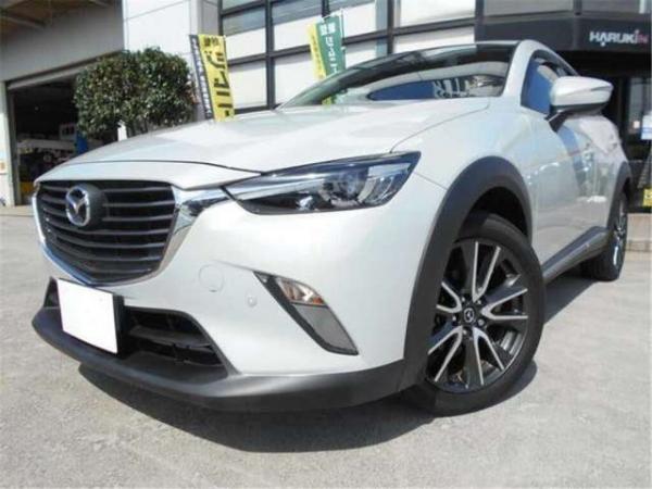 Mazda CX-3 белый