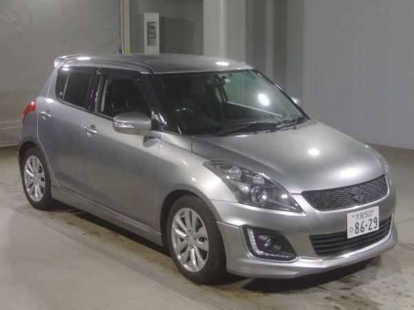 Suzuki Swift серый