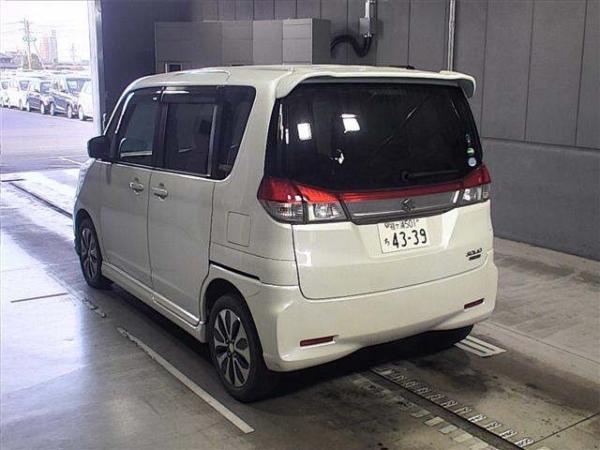 Suzuki Solio Bandit 2015 белый сзади
