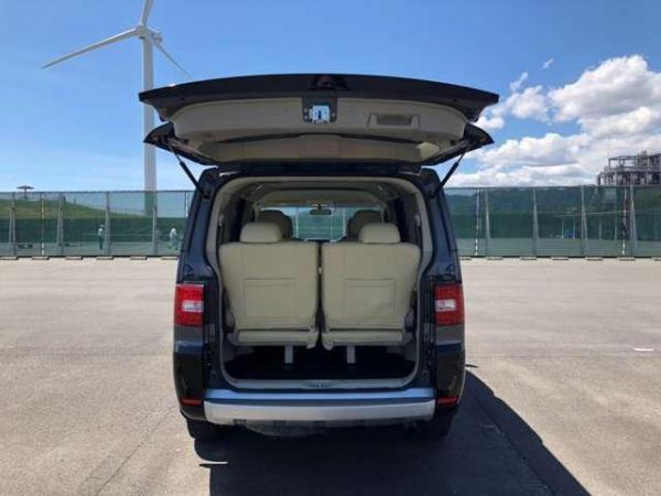 Mitsubishi Delica D:5 2015 багажник
