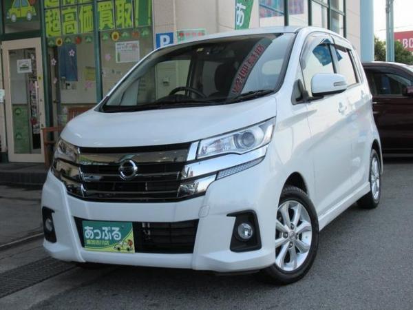 Nissan Dayz 2016 белый