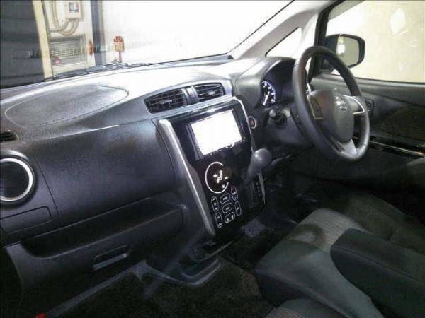 Nissan Dayz 2016 интерьер