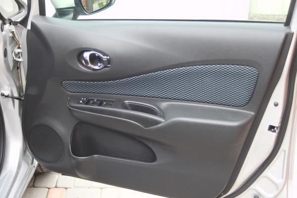 Nissan Note 2015 дверь